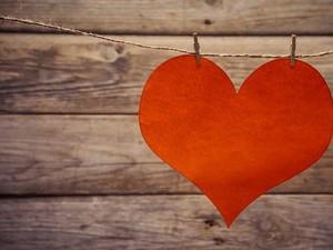 Valentine: CLBK Setelah 65 Tahun dan 3 Kisah Lainnya