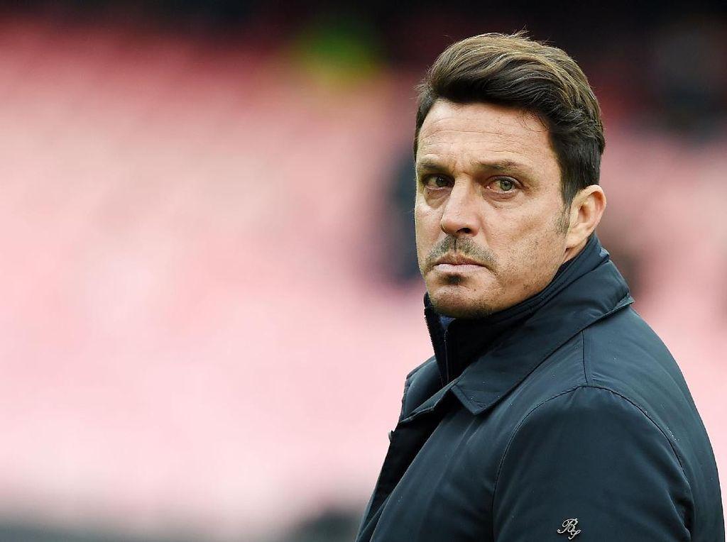 Pescara Berhentikan Massimo Oddo