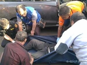 Seorang Sopir Ditemukan Tewas di Stasiun Gubeng, Diduga Sakit