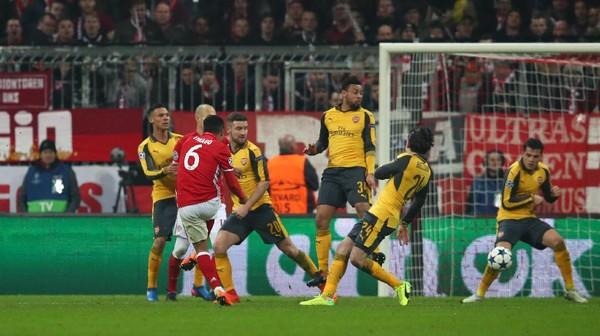 Tentang 10 Menit Bencana untuk Arsenal
