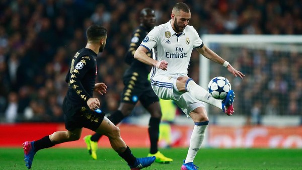 Madrid-Napoli Sementara Sama Kuat 1-1