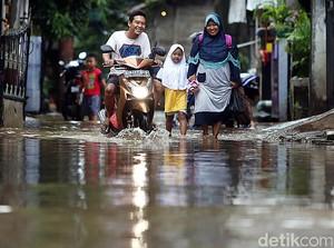 Cipinang Melayu Terendam Banjir