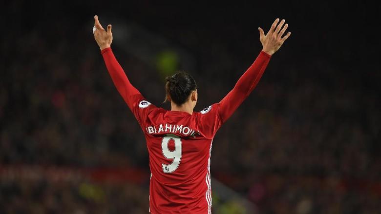 Tekad Ibrahimovic Jaga Asa MU di Empat Kompetisi