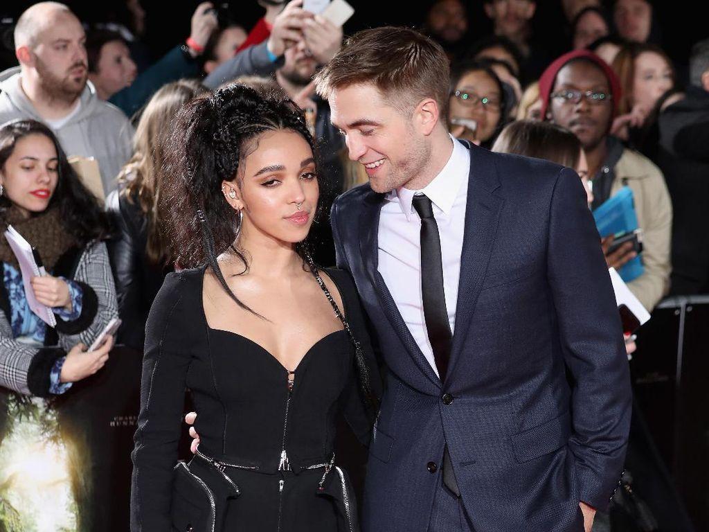 Robert Pattinson dan FKA Twigs Putuskan Berpisah