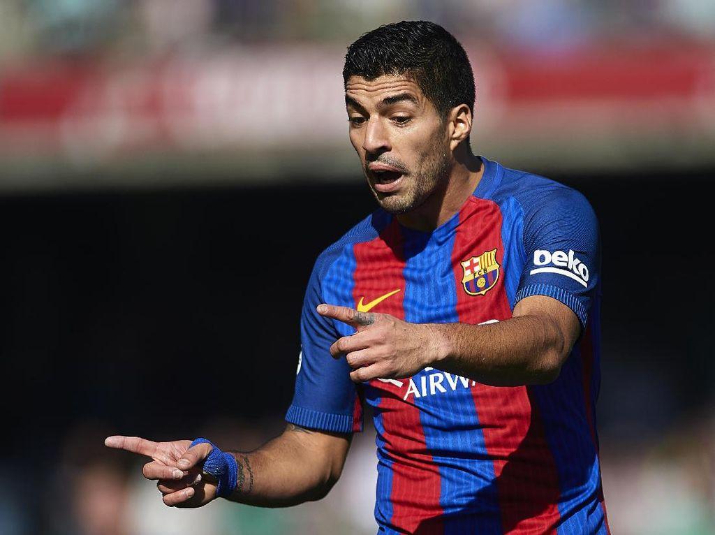 Wenger: Arsenal Hampir Datangkan Suarez di 2013