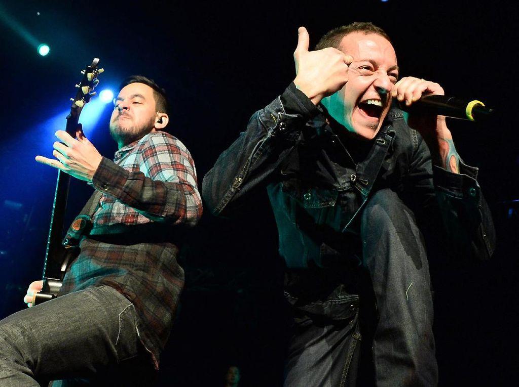 Linkin Park Lanjutkan Tur, Siapa Pengganti Chester Bennington?