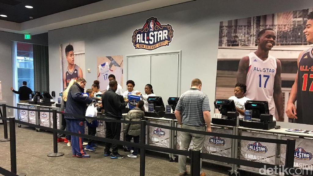 Ada All-Star Weekend, Toko Dadakan NBA Diserbu Pengunjung