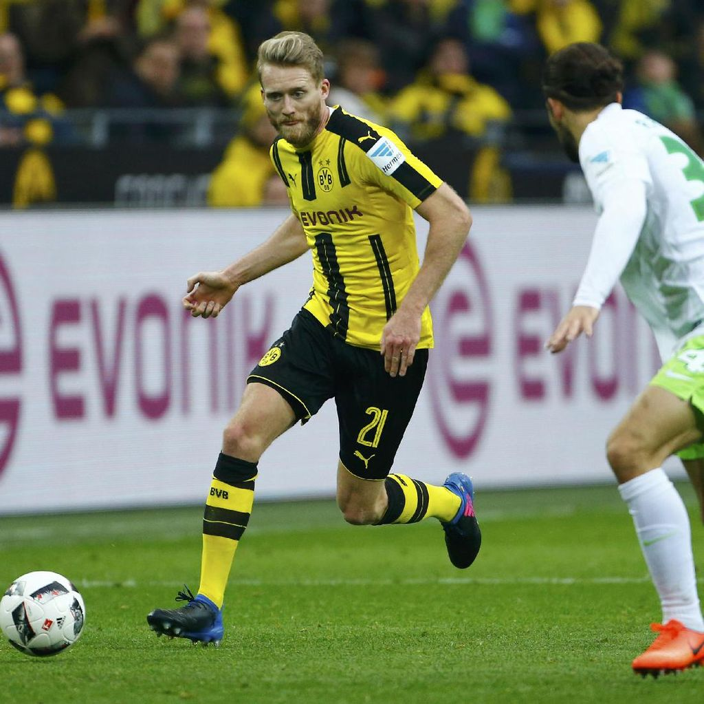 Dortmund Hantam Wolfsburg 3-0
