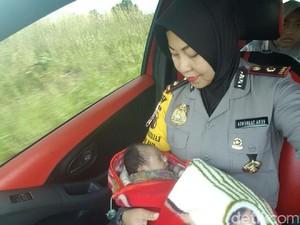 Warga Kampar Riau Temukan Bayi yang Dibuang di Depan Rumahnya