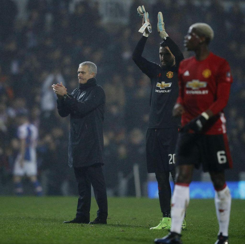 Gol Apik Blackburn, Bahkan Mourinho Ikut Tepuk Tangan
