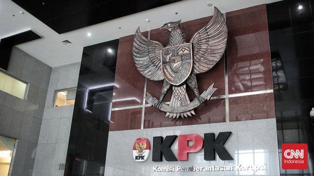 Gedung Merah Putih, Komisi Pemberantasan Korupsi (KPK). Gedung 16 lantai yang di dominasi warna merah putih, telah kokoh berdiri di tepi Jalan HR Rasuna Said Kav C-22, Kuningan, Jakarta Selatan. CNN Indonesia/Andry Novelino