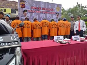 Polisi Bekuk Empat Pelaku Curanmor Spesialis Sekolah di Cirebon
