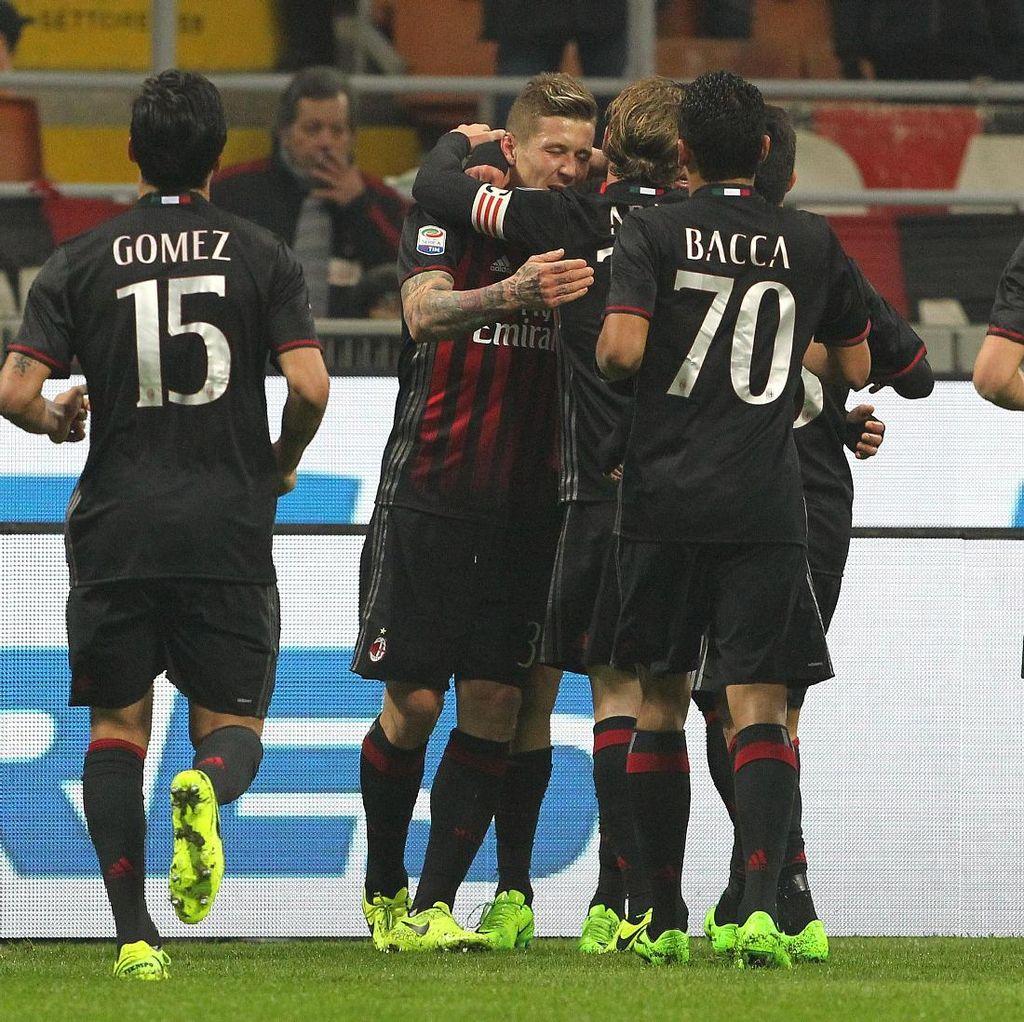 Montella Puas dengan Performa Milan, Tetap Puji Bacca Walau Tak Bikin Gol