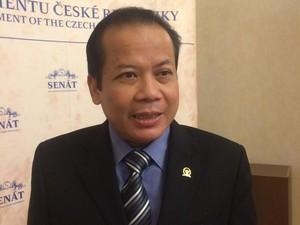 Tak Setuju Komisioner dari Parpol, Pimpinan DPR: KPU Harus Netral
