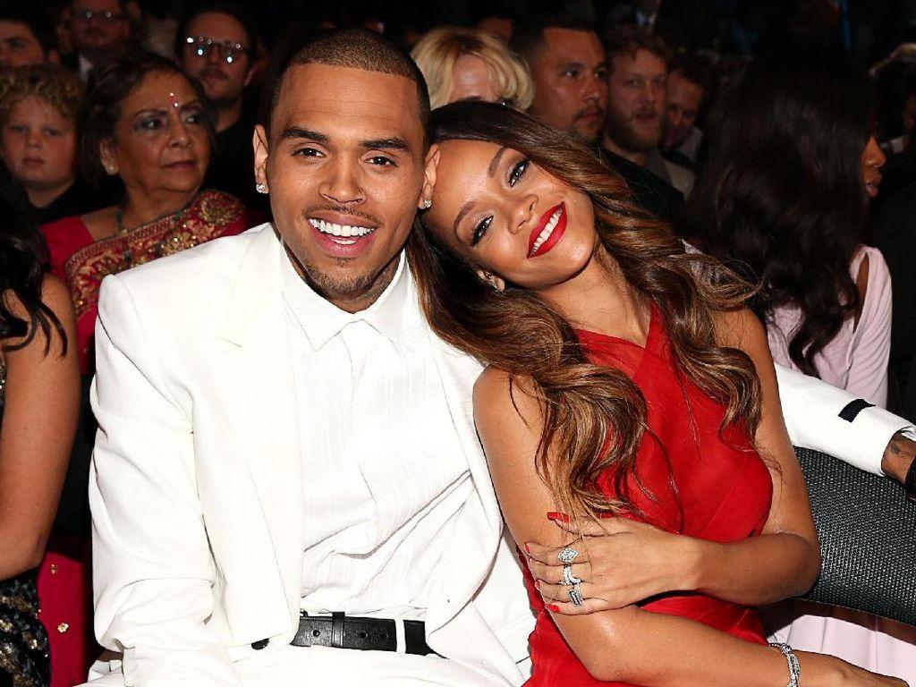 Ucapan Selamat Ulang Tahun dari Chris Brown untuk Rihanna