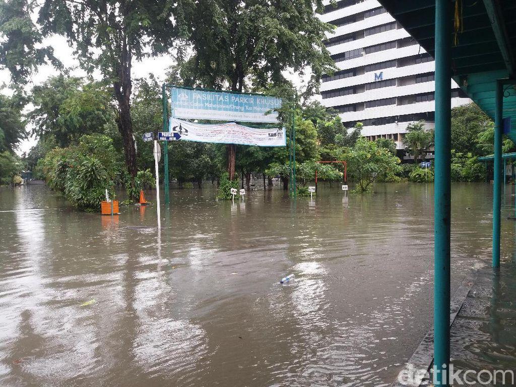 Kampus Trisakti Ikut Kebanjiran