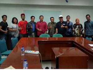Pencinta Hewan Lega Uneg-uneg Protes Demo Potong Ayam Didengar UNJ