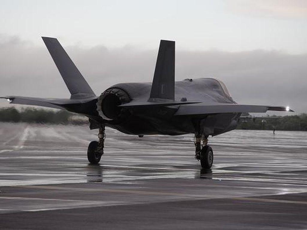 Tangkal China, Jepang Kaji Pembelian 100 Jet Tempur Siluman AS