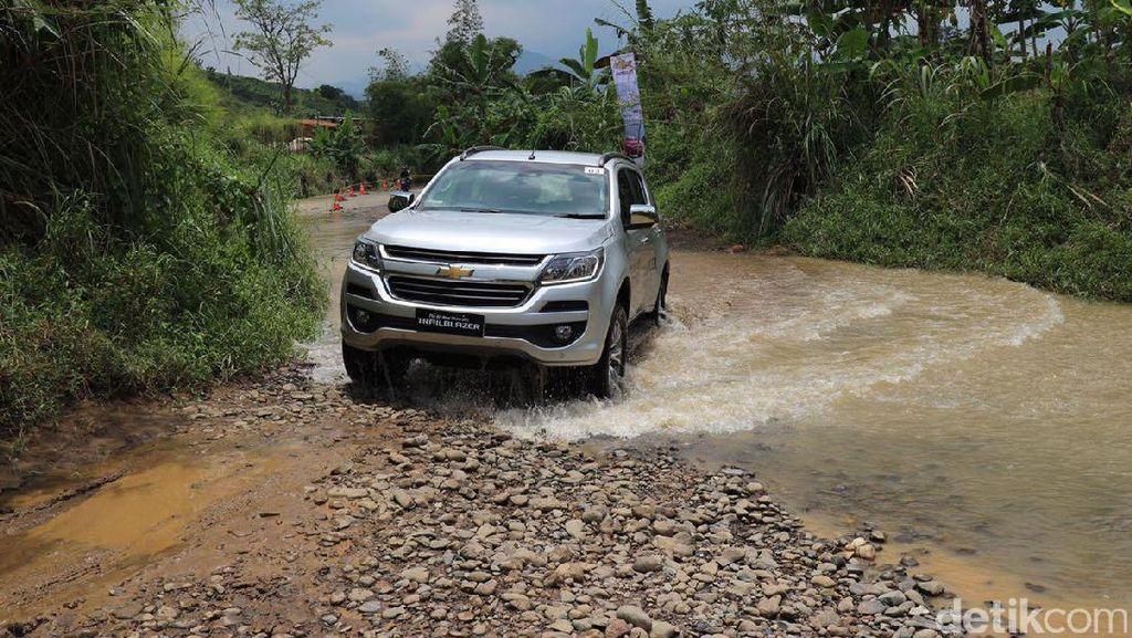 Trailblazer Hadir dengan 3 Fitur yang Pertama di SUV Indonesia