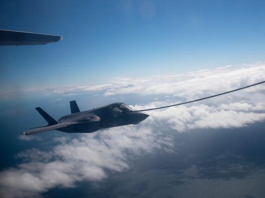 Biden Setop Penjualan Senjata AS, Termasuk Jet Siluman F-35