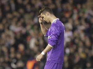 Valencia Merusak Penampilan ke-700 Ronaldo