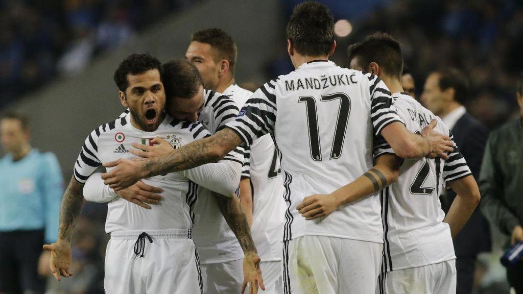 Juventus Kalahkan 10 Pemain Porto 2-0
