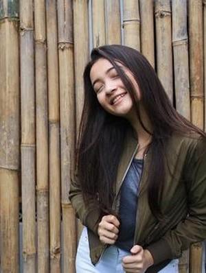Berdarah Jerman, Megan Domani Doyan Banget Soto Betawi
