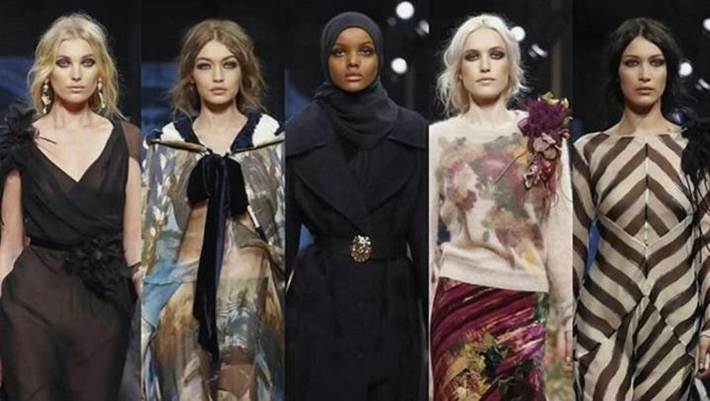 Bareng Gigi Hadid, Hijabers Halima Jadi Model di Milan Fashion Week
