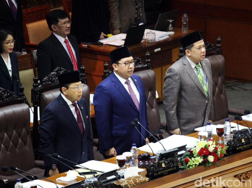 Soal Novanto Bakal Baca Teks Proklamasi di Istana, DPR Gelar Rapim