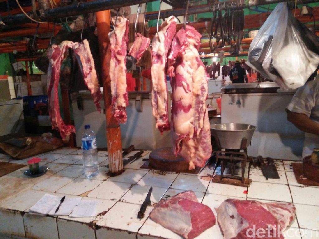 Setop Mogok, Pedagang Daging Sapi Mulai Jualan Hari Ini