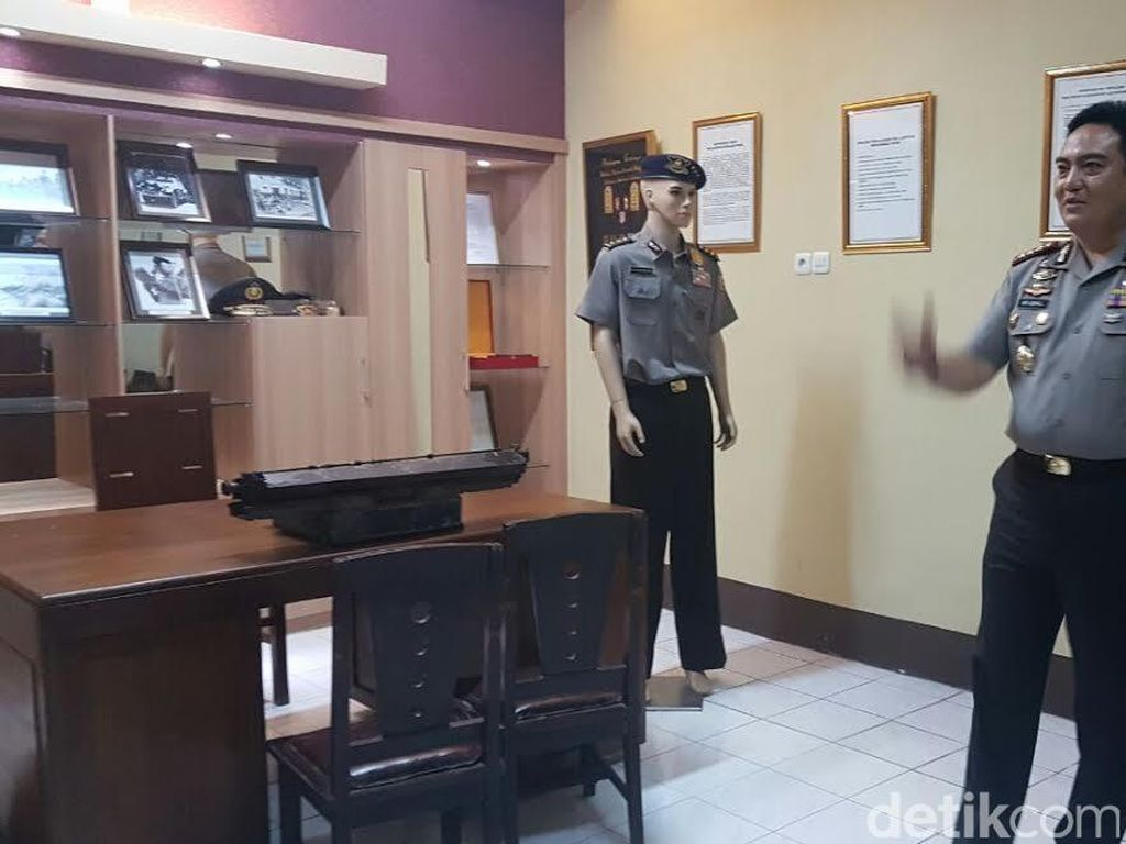 Polrestabes Surabaya Open House, Polisi: Rugi Bila Tidak Datang