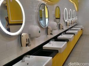Ini Tempat Paling Bersih di Toilet Umum Menurut Dokter