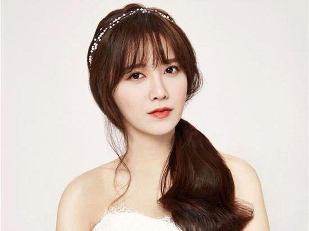 Goo Hye Sun Kenang Mendiang Jang Ja Yeon dengan Postingan Menyentuh