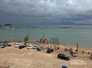 Takkan Menyesal Main ke Pantai Sari Ringgung di Lampung, Ini 4 Alasannya!