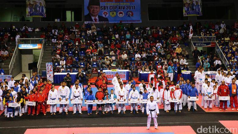 Para peserta kejuaraan karate SBY Cup didominasi anak-anak hingga remaja.