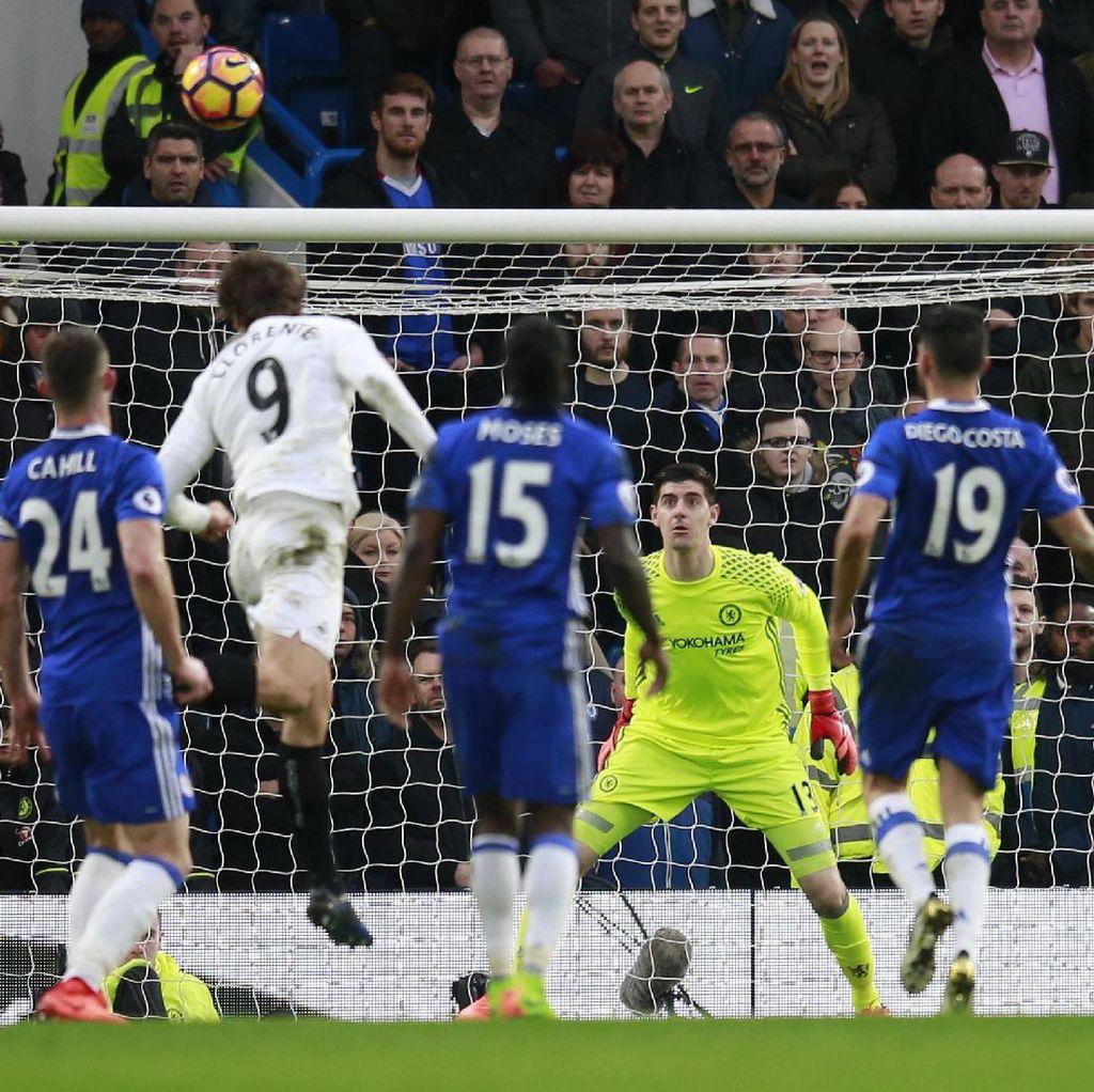Turun Minum, Chelsea Imbang 1-1 Lawan Swansea