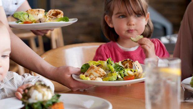 10 Makanan Sehat untuk Menaikkan Berat Badan Anak