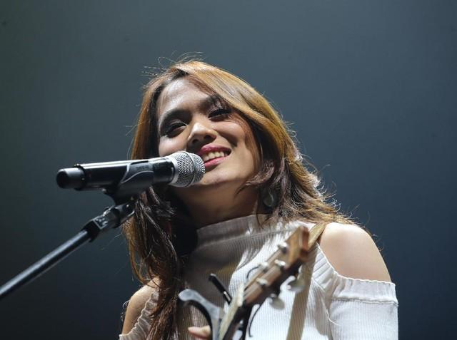 Si Cantik Sheryl Sheinafia di Panggung 'Galih & Ratna Concert'