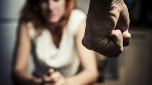 Cerita Pilu Iva, Dianiaya Suami hingga Ditelantarkan di RS