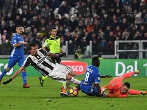 Juventus Tundukkan Empoli 2-0