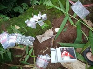 Polisi Tembak Pengedar Narkoba di Kuningan yang Buang Barang Bukti