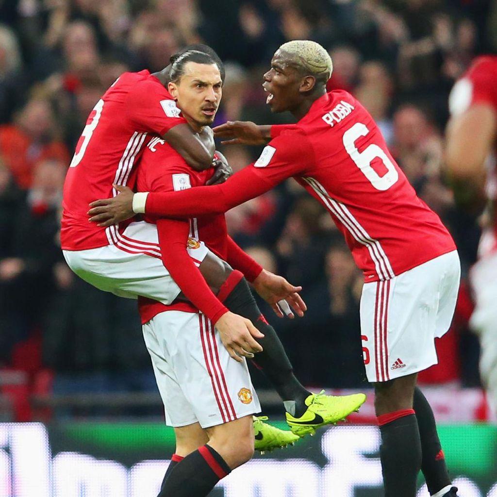 Beli atau Gratis? Candaan Pogba dan Ibrahimovic Tentang Transfer Mereka