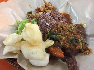 Di Kantin Pacific Place Bisa Cicip Ayam Bakar dan Lauk Rumahan yang Sedap