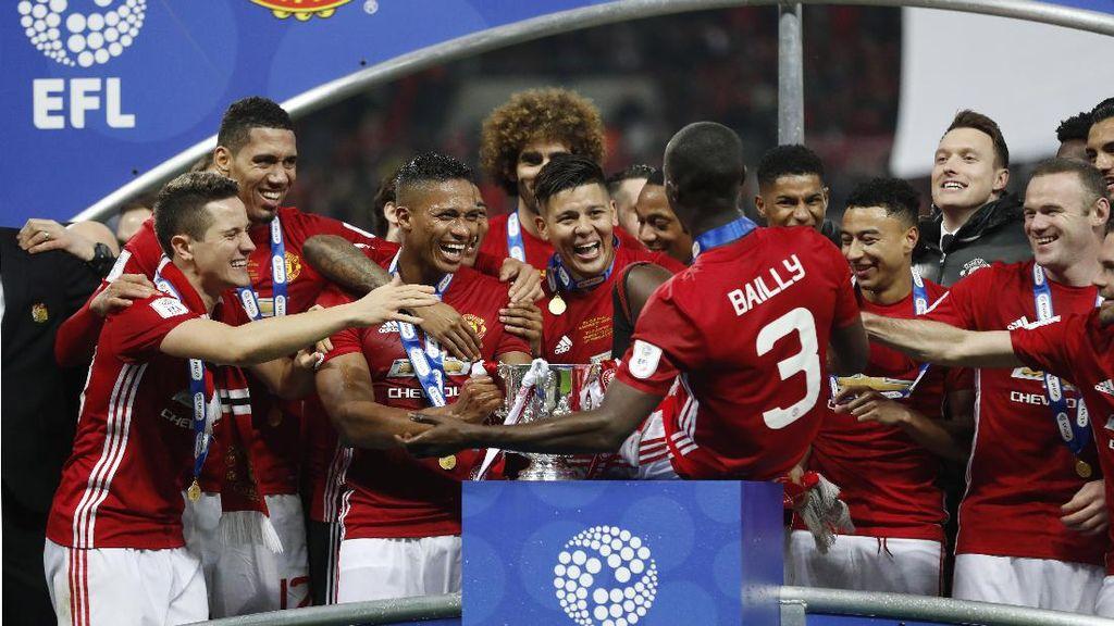 Lewati Liverpool dengan 42 Titel, MU Tersukses di Inggris
