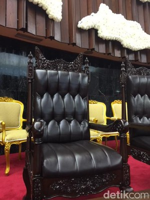 DPR Siapkan Kursi hingga Toilet Khusus untuk Raja Salman