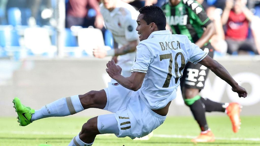 Montella: Gol Penalti Bacca Sebenarnya Tidak Sah
