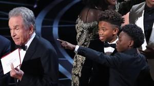 Insiden Salah Baca Pemenang, Akuntan Oscar Alami Teror Pembunuhan
