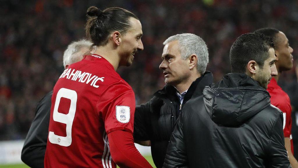 Mourinho Tenang Tunggu Keputusan Ibra, Akan Dukung Langkah Apapun