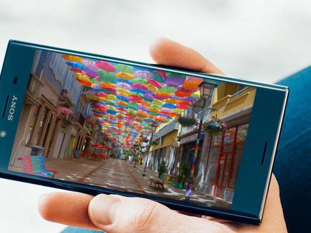 Xperia XZ Premium, Ponsel Pertama Berlayar 4K HDR