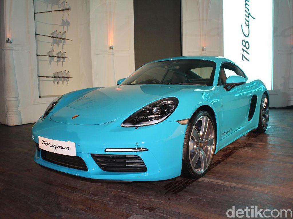 Seberapa Cepat Porsche Cayman yang Dibanderol Miliaran Rupiah